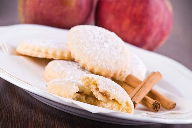リンゴとリコッタチーズのビスケット